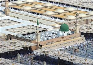 زيارة المسجد النبوي وقبر الرسول.. تعرف على ما يُستحب من الآداب