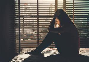 الاكتئاب يؤدي إلى الإصابة بالسكتة الدماغية والنوبة القلبية