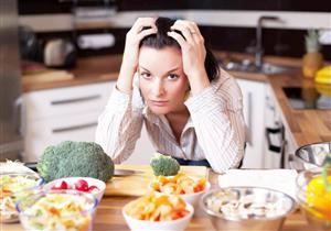 دراسة تتوصل إلى سبب ارتباط النظام الغذائي بالحالة المزاجية