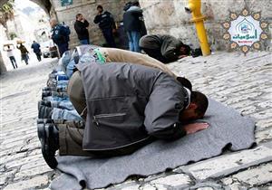 متى يجوز الصلاة بالأحذية؟.. الإفتاء توضح موقف شغل الأذهان