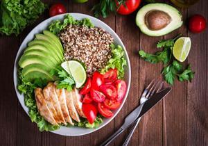 """أطعمة تساعدك في إنقاص الوزن.. منها """"الدهون"""""""