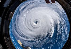 """""""ناسا"""" ترصد من الفضاء إعصار فلورنس.. وترامب: شديد الخطورة (صور وفيديو)"""