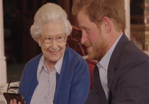 """سر إصابة الأمير هاري بالفزع عند رؤية """"جدته إليزابيث"""""""