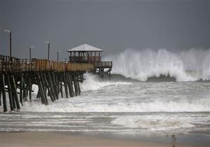 """إعصار """"فلورنس"""" الذي يجتاح أمريكا يضعف إلى منخفض استوائي"""
