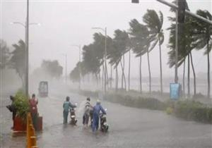 إلغاء معظم الرحلات من سنغافورة إلى هونج كونج بسبب إعصار مانجوت