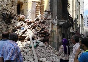 """حي وسط الإسكندرية: العقار المنهار صادر له قراري إزالة  """"صور"""""""