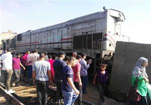 """بالصور- """"إسعاف المنوفية"""": إصابة 12 في تصادم قطار شبين الكوم"""