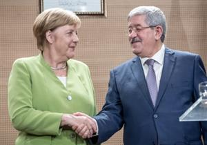 ميركل: الجزائر بلد آمن وتم الاتفاق على عودة المهاجرين غير الشرعيين إليه (صور)