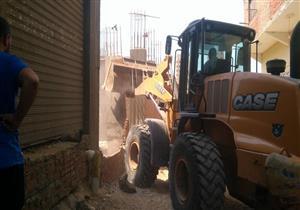 حملة مكبرة لإزالة الاشغالات والمباني المخالفة بالجيزة - (صور)