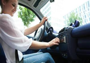 هل الاستماع للموسيقى أثناء القيادة يزيد من مخاطر التعرض للحوادث؟