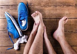 """أعراض مزعجة لـ""""عضة الحذاء"""".. هكذا تقي نفسك"""