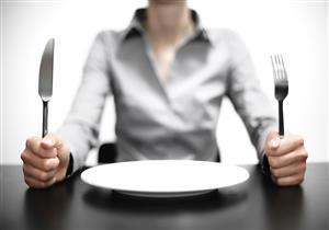 """""""سلوكيات شبيهة بالاكتئاب"""".. الجوع يزيد مستويات التوتر"""