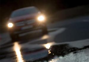 """نصائح مهمة لقيادة السيارة بأمان في """"موسم الخريف"""".. تعرف عليها"""