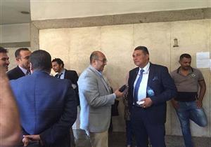 """خالد علي يصل المحكمة لنظر الاستئناف على حكم حبسه بقضية """"الفعل الفاضح""""- (صور)"""
