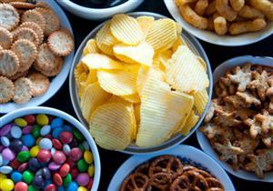 لهذا السبب يفضل البعض تناول الأطعمة المالحة أكثر من غيرهم
