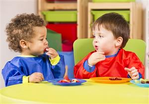 10 أمور لابد من مراعاتها عند اختيار حضانة أطفالكم