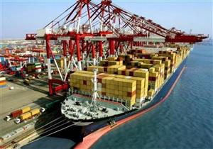 موانئ بورسعيد تستقبل 6 سفن حاويات وبضائع