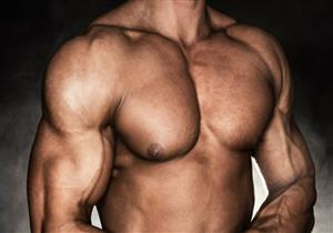 بعيدا عن الجراحة والهرمونات.. كيف تحصل على عضلات صدر قوية؟