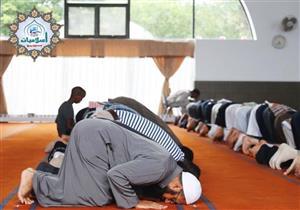 كيف يرد المأموم الإمام إذا أخطأ في الصلاة؟.. مستشار المفتي يوضح