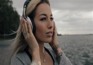 250 عالمًا يطلقون تحذيرات من سماعات الأذن.. تسبب مرض خطير