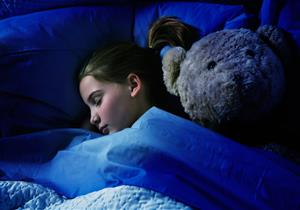 ممكن أعرف هل نوم الطفل كتيرغلط؟