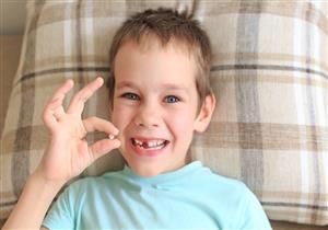 ما أسباب تخلخل الأسنان عند الأطفال؟