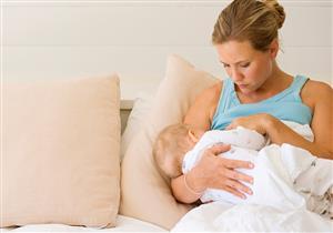 صفراء حديثي الولادة لا تستدعي وقف الرضاعة إلا في حالة واحدة
