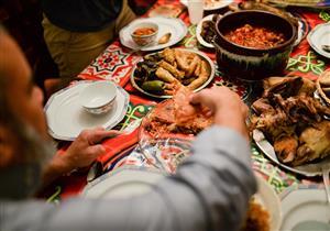 خطوات بسيطة وسهلة لعلاج الشره في تناول الطعام (صور)
