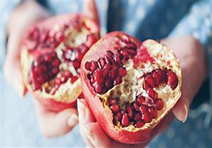 لا تتخلص من بذورها.. 6 أطعمة مفيدة لمرضى الضغط والقلب (صور)
