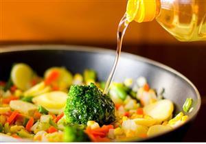 لمرضى القلب.. 4 زيوت صحية يجب استخدامها في طهي الطعام (صور)