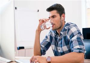 منها السكري..11 سببًا وراء الشعور الدائم بالعطش