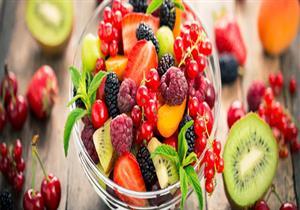 تقلل نسبة السكر.. 8 فوائد صحية لتناول الفاكهة على معدة فارغة
