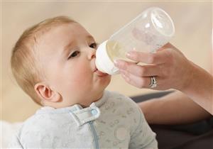 للأمهات الجدد.. 5 أعشاب قدميها لطفلِك بعد الرضاعة لوقايته من المغص (صور)