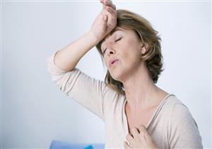 4 مخاطر صحية تهدد النساء بعد انقطاع الطمث.. نصائح للوقاية منها