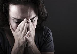 يجعلك ترى الأبيض والأسود رمادي.. كيف يؤثر الاكتئاب على العين؟