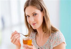 قد يسبب زيادة الوزن.. نصائح لتناول العسل عند اتباع الدايت