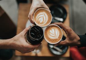 تتناول القهوة صباحًا؟.. فوائد صحية عديدة في كوب واحد