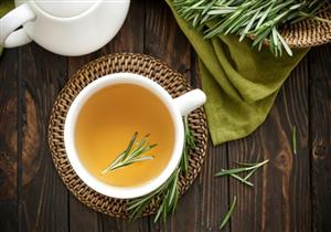 أبرزها علاج تساقط الشعر.. 7 فوائد مذهلة للروزماري