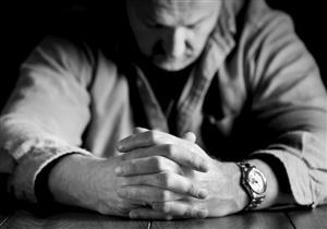 أبرزها فقدان الشهية.. 7 علامات تكشف ميول الإنسان الانتحارية (إنفوجرافيك)
