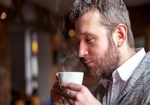صباحًا أم مساءً؟.. تعرف على التوقيت المناسب لتناول القهوة (إنفوجرافيك)