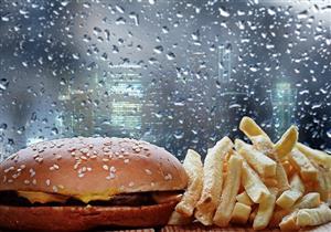 منها البطاطس المقلية..  5 أطعمة تجنب تناولها وقت سقوط الأمطار (صور)