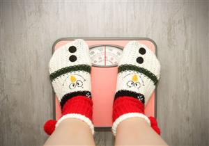 منها الجلوس في المنزل.. 4 أسباب وراء زيادة وزنك في الشتاء