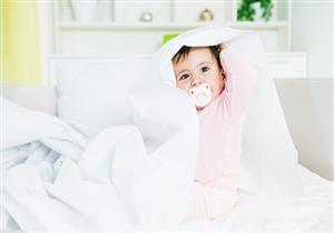للأمهات.. السكاتة تهدد باعوجاج أسنان الأطفال