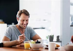 هل الإفطار أهم وجبة في اليوم؟