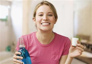 كيف تختار غسول الفم المناسب لأسنانك؟