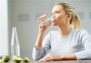 هذا ما يفعله تناول 3 لتر من المياه يوميا بجسمك