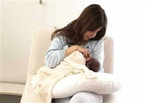 لماذا نشرت نانسي صورة لإرضاع طفلتها؟.. دليلك لرضاعة طبيعية ناجحة