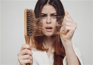 نصائح ووصفات للتغلب على تساقط الشعر بعد الرجيم