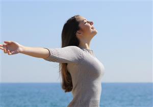 5 عادات يومية بسيطة تحميك من السرطان (صور)