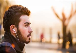 هذا النوع من الموسيقى يشجع العنف.. كيف تتحكم فينا؟